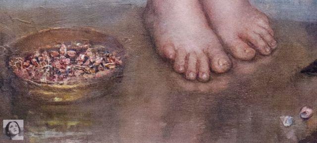 mater-triumphalis-feet-WM