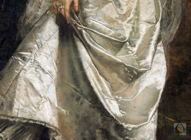 the-lady-in-white-detail-WM